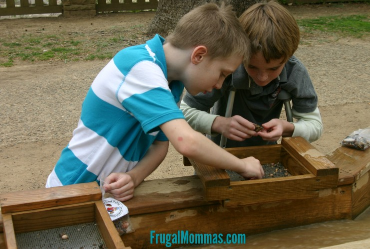 frugal mommas free family fun at museums